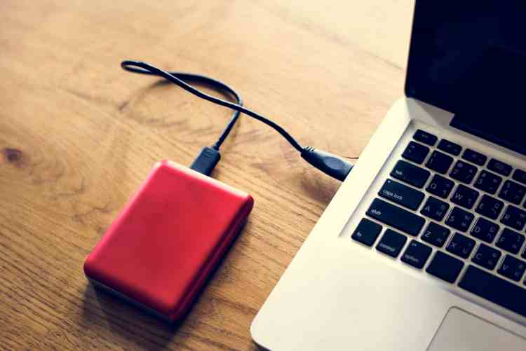 External Hard disk drive connect to laptop