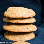 Textured Spice Cookies; buttery, soft spice cookies with a lovely texture from the crushed biscuits. Click the photo for the baking #recipe #cookies #fall