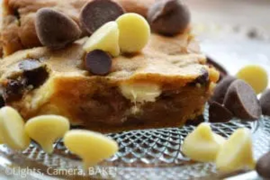 My soft - almost gooey - Triple Chocolate Blondies. Click the photo for the #recipe . You know you want to.... #triplechocolateblondies