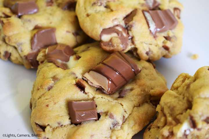 Kinder Bueno topped cookie.