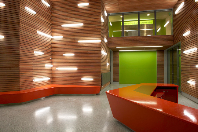 Éclairage graphique hall d'entrée