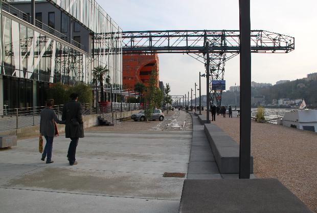 Lyon Confluence, les Espaces Publics du Port Rambaud - LATZ und Partners, Frederic Dellinger (SERALP) - Photo : Vincent Laganier