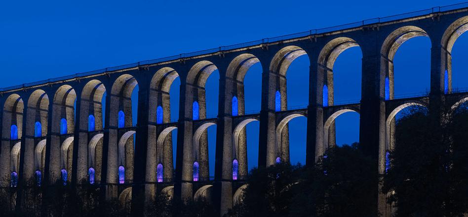 Mise en lumière du viaduc de Chaumont, Haute-Marne, France – Conception lumière : Jean-François Touchard – Photo : Didier Boy de La Tour