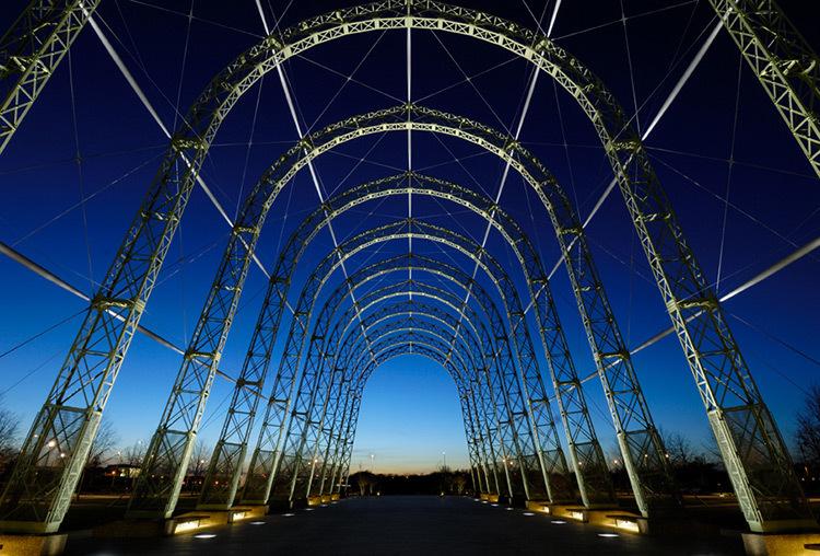 Hangar Ph James Newton - Conception lumière : Light Bureau