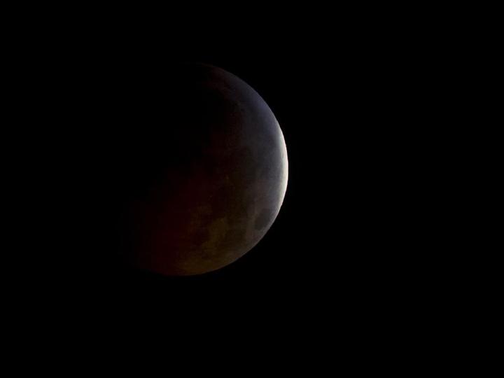 La Lune, éclipse totale, 21 décembre 2010, USA - Photo : NASA, Bill Ingalls