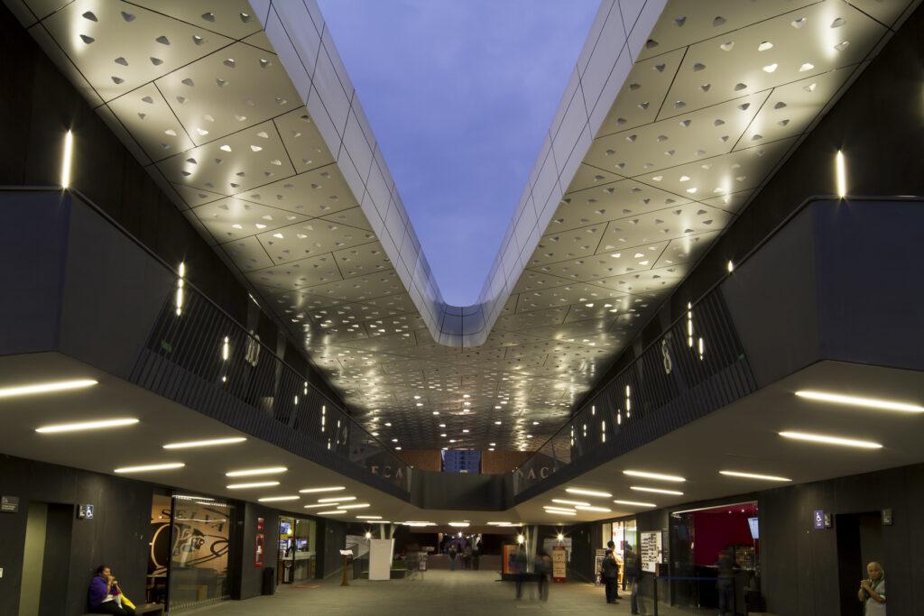 Cinetecanal - Conception lumière et photo Victor Palacio