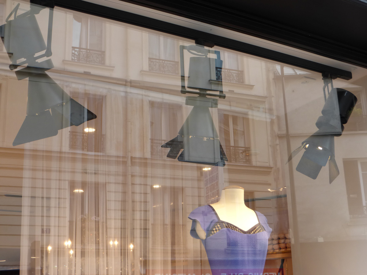 Repetto, 20, rue de Charonne, Paris - exterieur vitrine - Photo Vincent Laganier