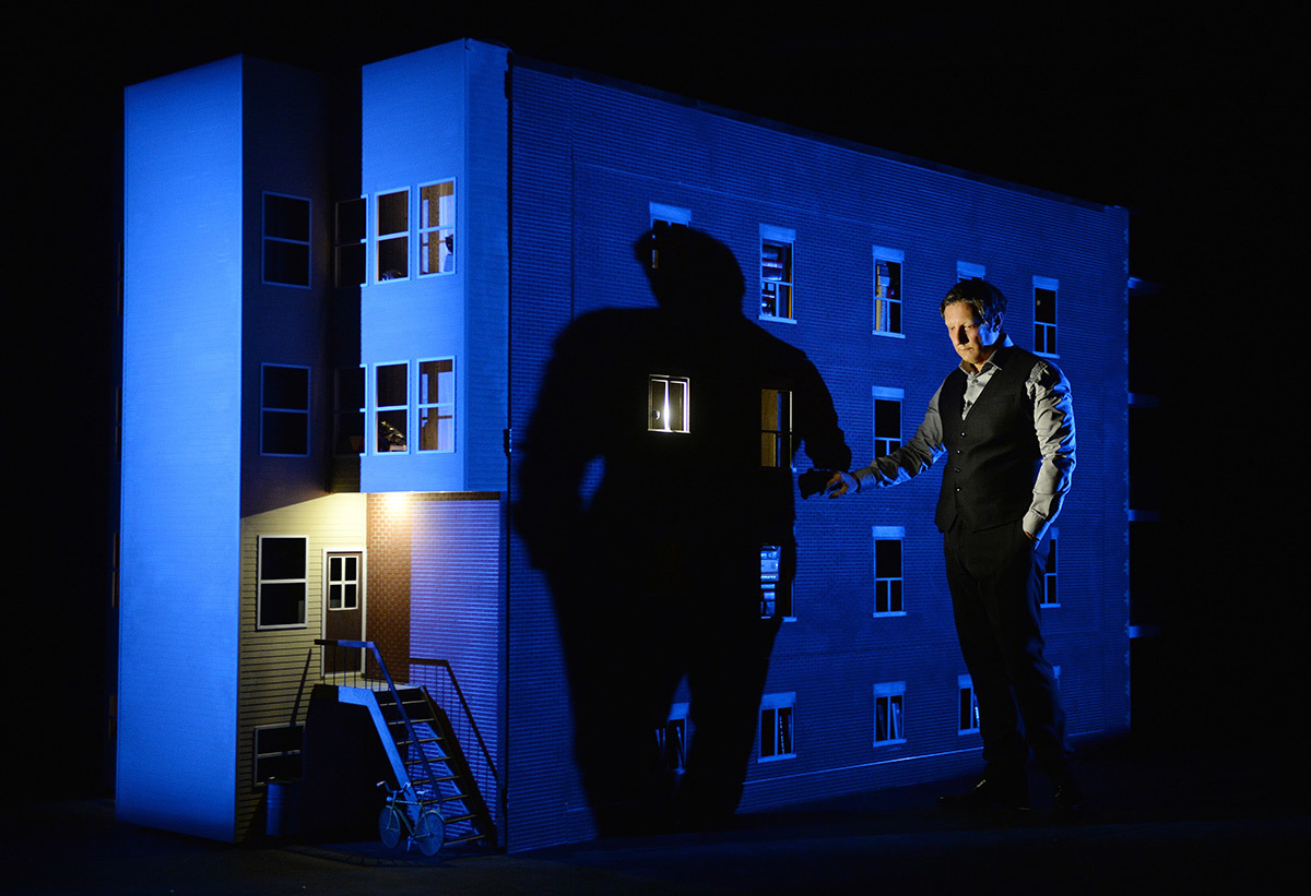 887 et Robert Lepage - Production : Ex Machina - Photo : Erick Labbé