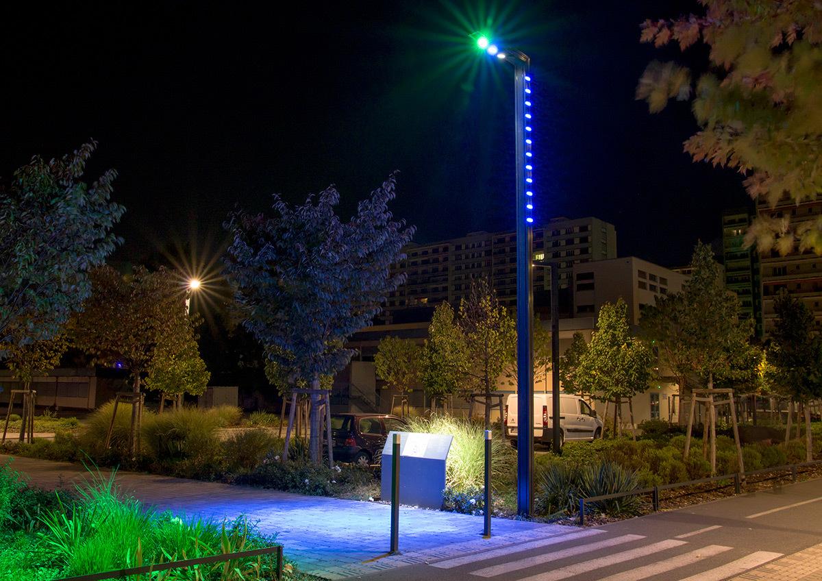 Signalétique entrée, colorée, un sas chromatique - Parc de université de Strasbourg © Charles Vicarini