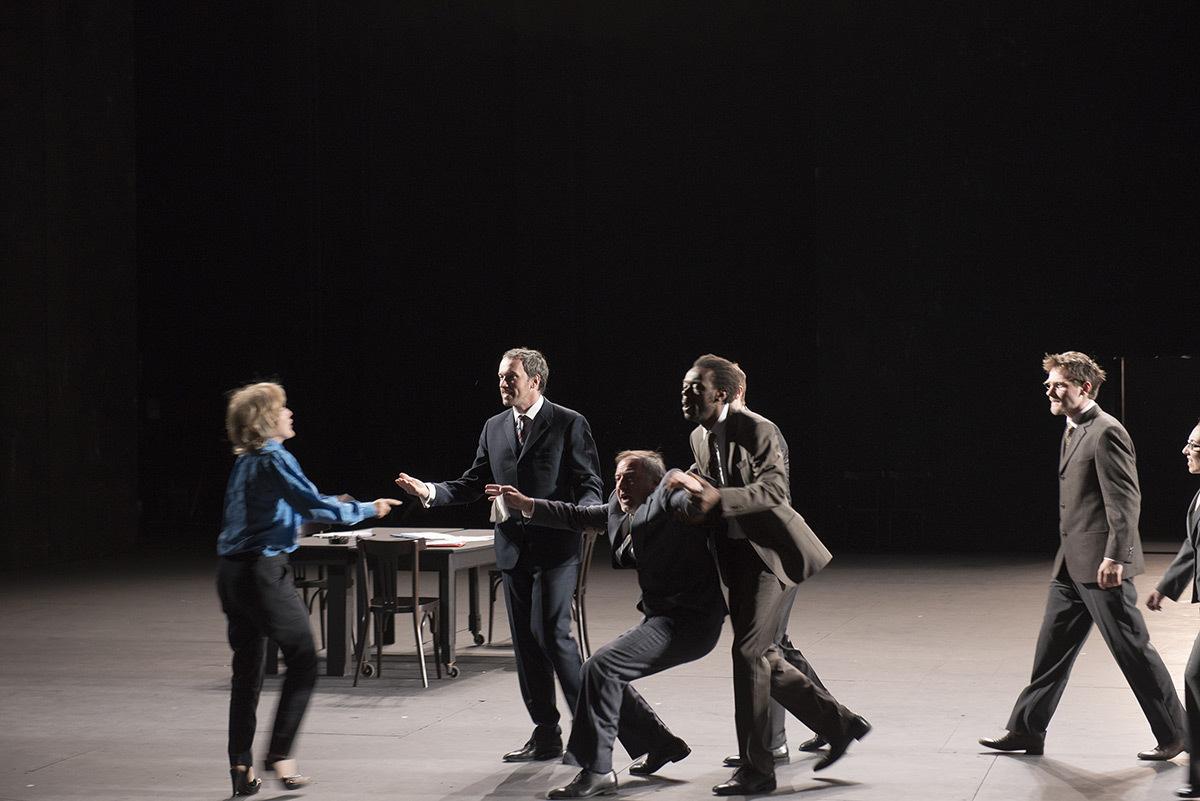 Ça ira (1) Fin de Louis de Joël Pommerat, auteur et metteur en scène - Scénographie et lumière : Eric Soyer © Elisabeth Carecchio