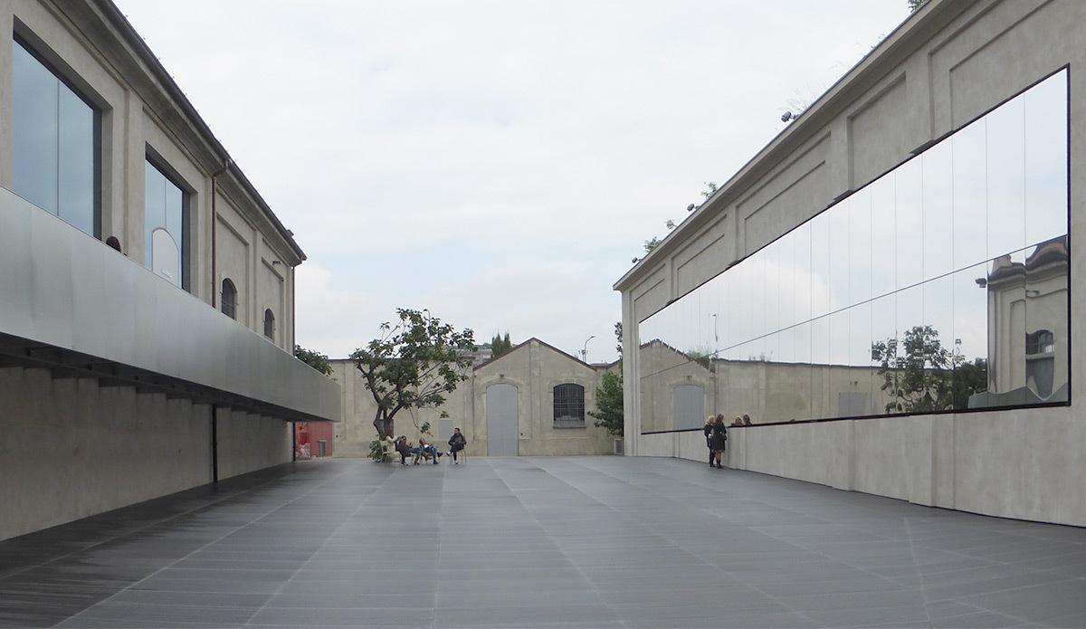 Fondazione Prada, Milan, Italie - Architectes OMA - Photo Vincent Laganier (4)