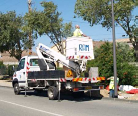 Maintenance préventive des installations – Thèse Mastère spécialisé éclairage urbain – INSA de Lyon © C.C.P.R.O. - Samuel Casse