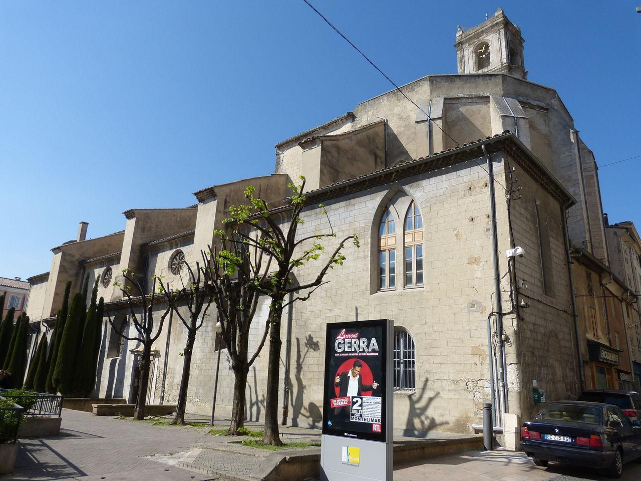 Collégiale Sainte-Croix; Montélimar, angle sud-est © Abaddon1337 - Wikipédia