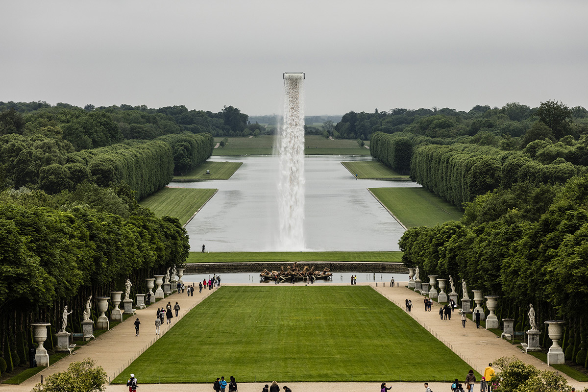 Olafur Eliasson, Waterfall, 2016 - Château de Versailles, France - Photo : Anders Sune Berg