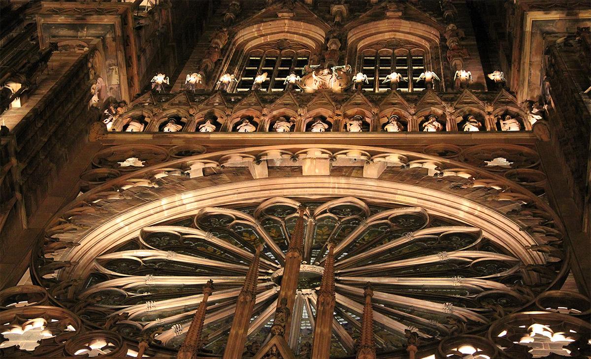 Cathédrale Notre-Dame, Strasbourg, France - détail de la mise en lumière pérenne - Conception lumière : L'Acte Lumière © Vincent Laganier
