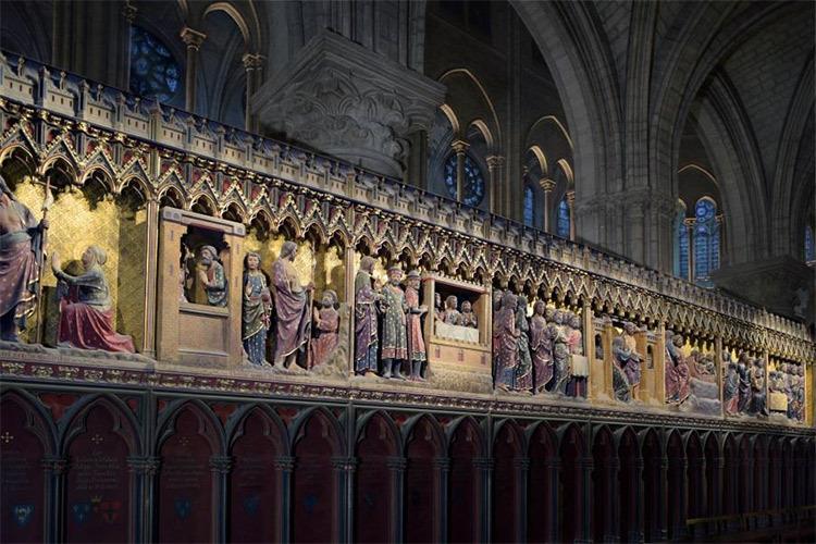 Cathédrale Notre-Dame de Paris, France - clôture des sœurs intérieur - Conception lumière : Armand Zadikian