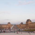 Cour Napoléon et Pyramide du Louvre, Musée du Louvre, Paris, France - Architecte : Ieoh Ming Pei - Ingénieur : Roger Nicolet © Vincent Laganier