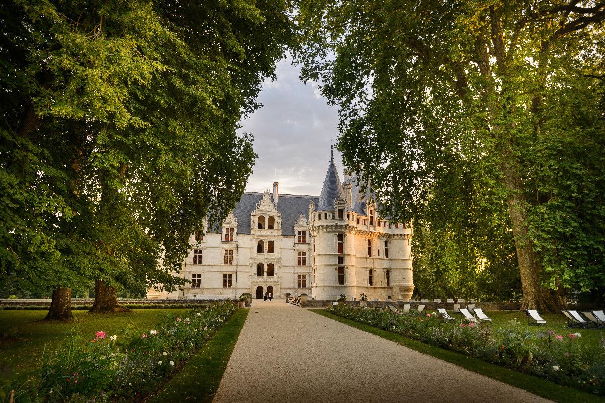 Château d'Azay-le-Rideau, France - façade sur cour © Léonard de Serres - CMN