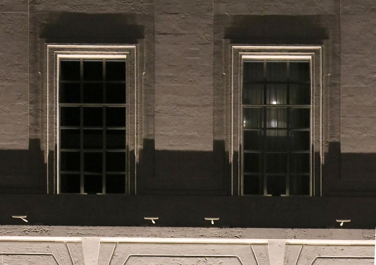 Grand Hôtel-Dieu, détail de l'aile latérale de la façade, quai Courmont, Lyon, France