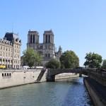 Cathédrale Notre-Dame de Paris, façade ouest, vue des bords de Seine - Septembre 2019 © Vincent Laganier