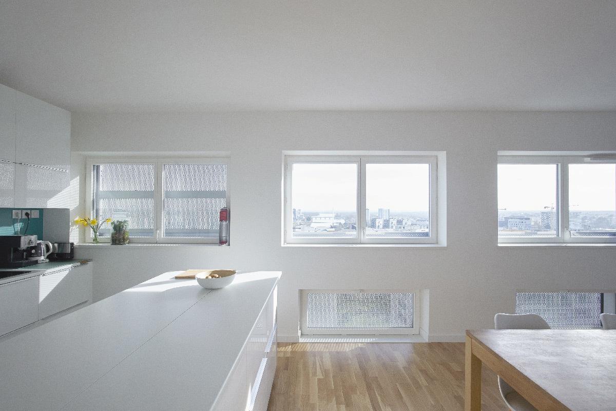 Cuisine et salon, Tour 360 View, Polaris, Île de Nantes, France - LAN Architecture - Kaufman & Broad © Julien Lanoo