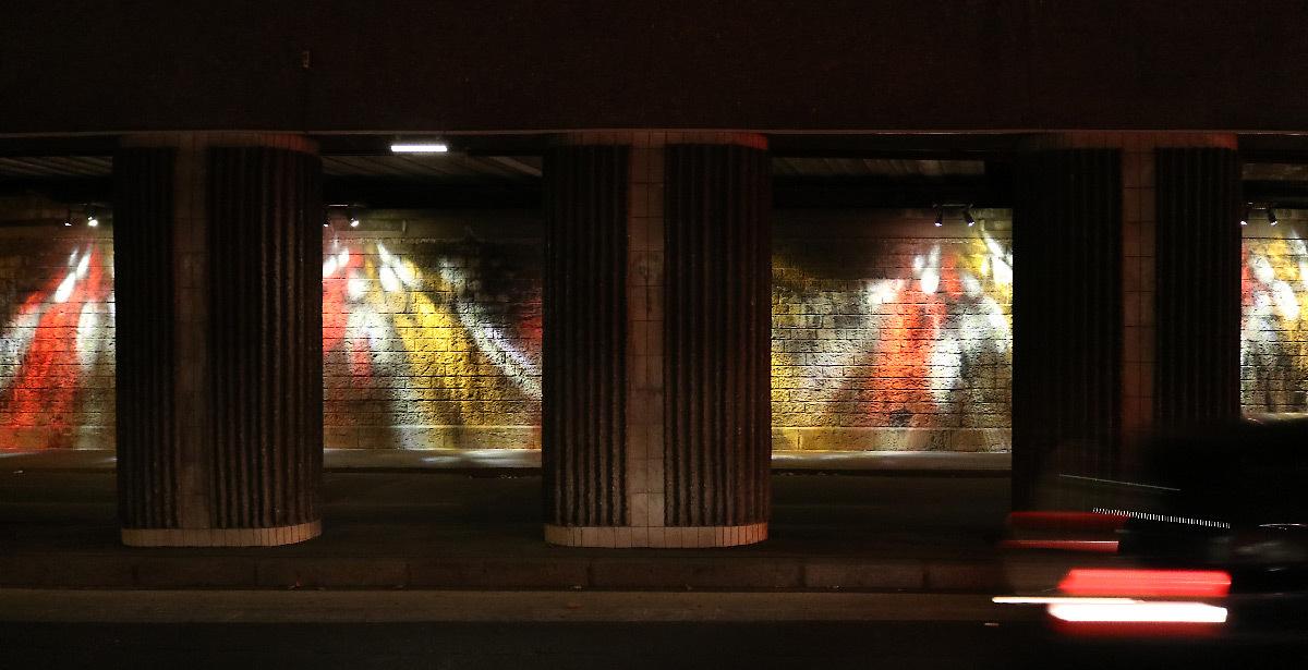 Passage SNCF Felix Faure, Lyon, France - Concepteur lumière : Olivier Peronni, agence ON © Vincent Laganier