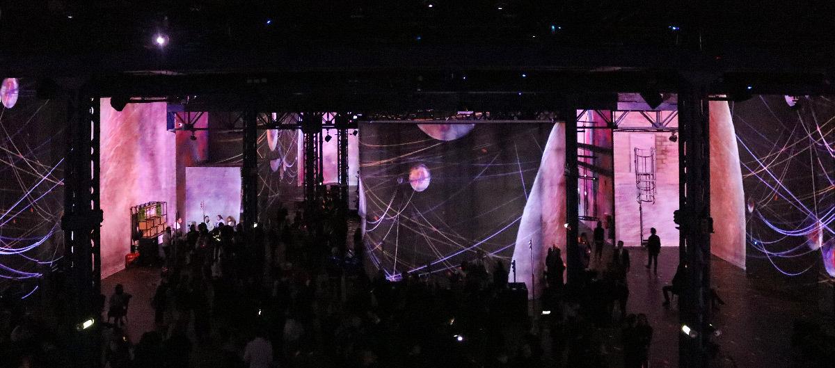 Siderea, Immersive Digital Art Festival Paris 2019, Atelier des Lumières - équipe artistique et créateur vidéo : Superbien © Vincent Laganier