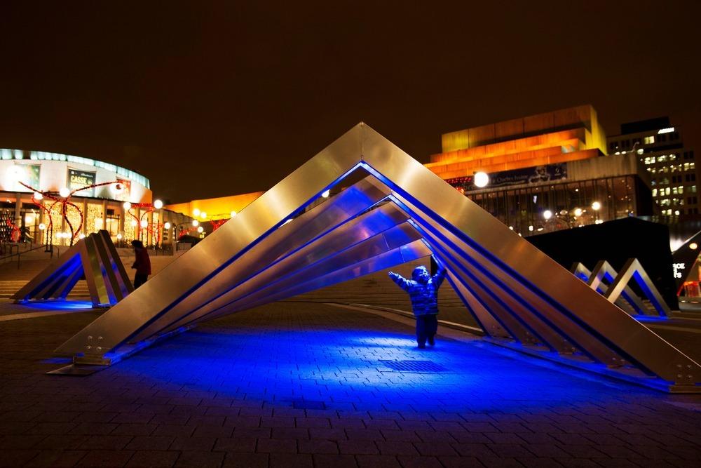 Iceberg, d'ATOMIC3 et Appareil Architecture - Luminothérapie 2012-2013
