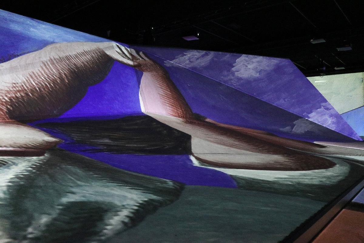 Imagine Picasso, expo immersive, La Sucrière, Lyon - Peinture : Pablo Picassso - Réalisateurs : Annabelle Mauger et Julien Baron – Architecte scénographe : Rudy Ricciotti - Photo © Vincent Laganier