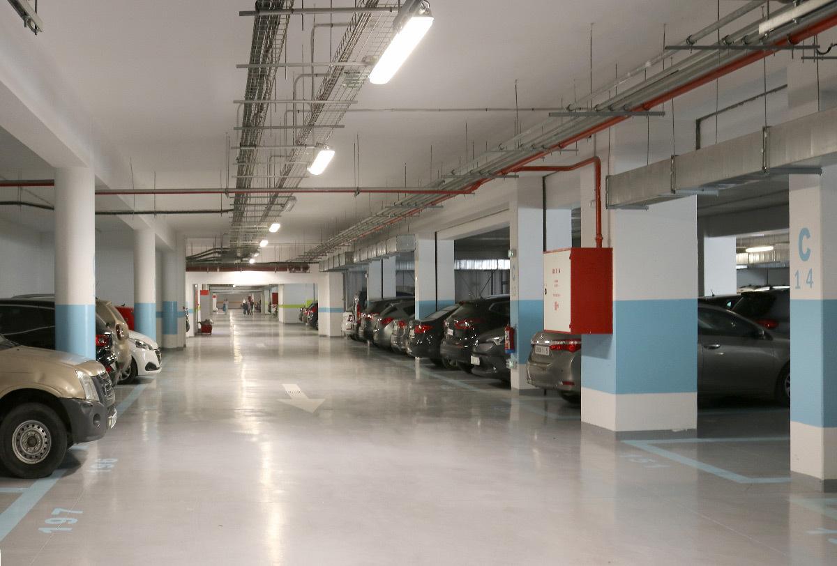 Lumière du parking, gare de Kénitra, Maroc - Architectes : OKA, SDA