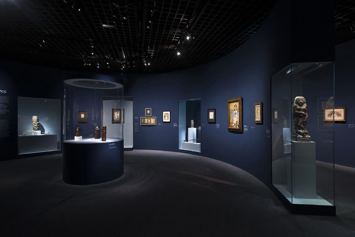 Gauguin l'alchimiste, Grand Palais, Paris - Réunion des musées nationaux - Scénographe : Scenografis - Concepteur lumière : Ponctuell