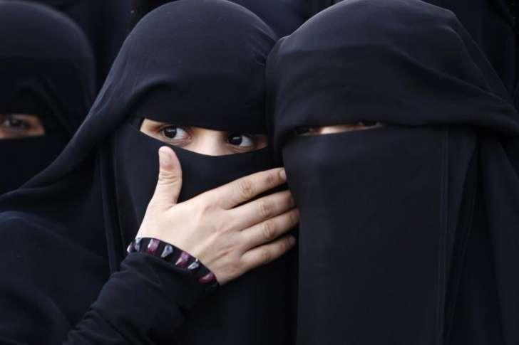 Liguria, Toti: vietare burqa in ospedali è scelta di buon senso