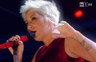 Sanremo 2015 - Malika Ayane canta Adesso e qui