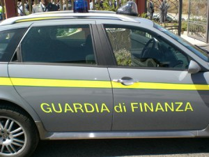 Guardia di Finanza sequestra 238 chili di cocaina