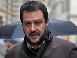 Matteo Salvini contro i vescovi comunisti