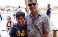 Epic fail del presidente Rafael Correa - Foto con t-shirt imbarazzante