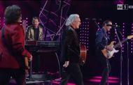 Sanremo 2016 - Pooh si riuniscono sul palco del Teatro Ariston