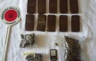 Arezzo - Spaccia hashish e marijuana, 42enne in manette