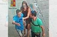 Ruba lo smartphone a due turisti in via San Lorenzo, arrestato