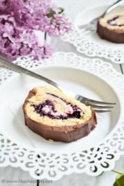 Rolada s borovnicama, mascarponeom i čokoladom (13)