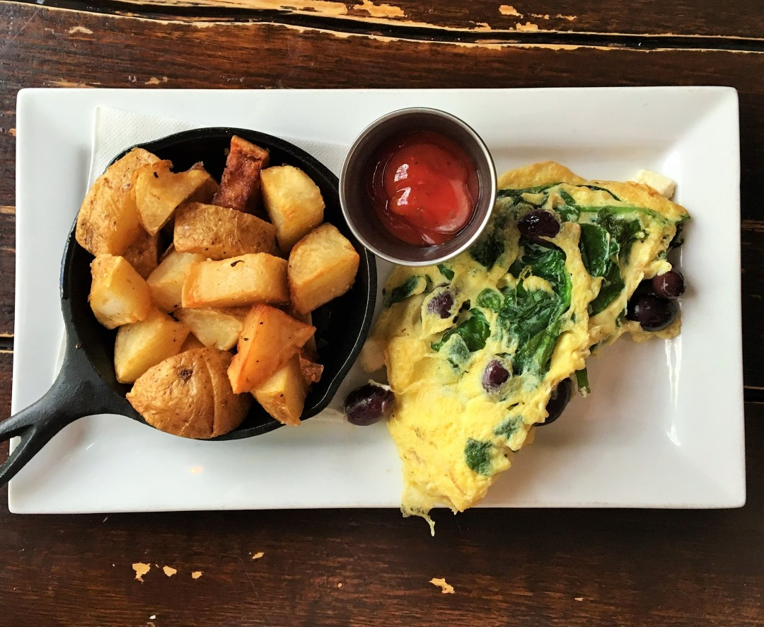 Sometimes a brunch date is just the thing to get you out of your dinner and a movie rut!