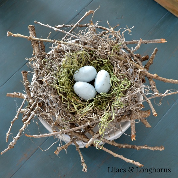 DIY Twig Bird Nest by Lilacs & Longhorns | Guest Post at The Everyday Home | www.everydayhomeblog.com