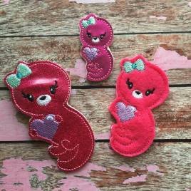 ITH – Valentine Girl Otter Felties – 3 sizes- Digital Embroidery Design