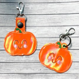ITH Happy Pumpkin Fobs 4×4 and 5×7 included-  DIGITAL Embroidery DESIGN