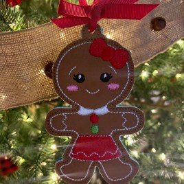 ITH – Gingerbread Family Set #14 Ornament 4×4 and 5×7 grouped – Digital Embroidery Design