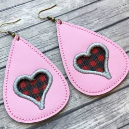 ITH – Lila's Heart Earrings – 3 sizes – 4×4 and 5×7 Grouped- Digital Embroidery Design