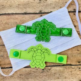 ITH Mask Extender Geo Turtle – 2 sizes – DIGITAL Embroidery DESIGN