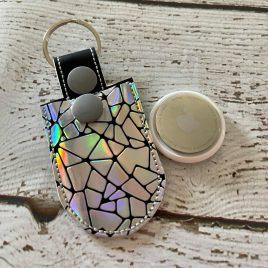 Apple Tag Pocket Holder