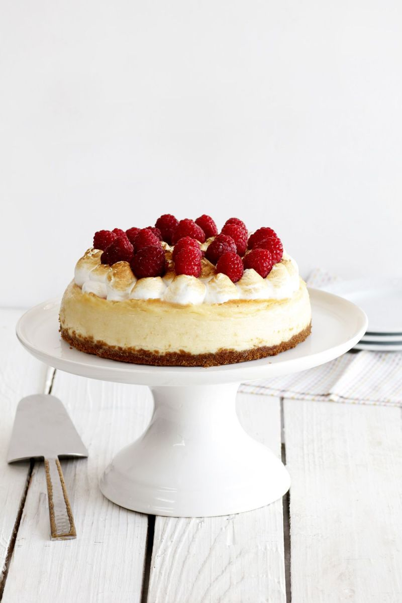 White Chocolate Cheesecake with Berries