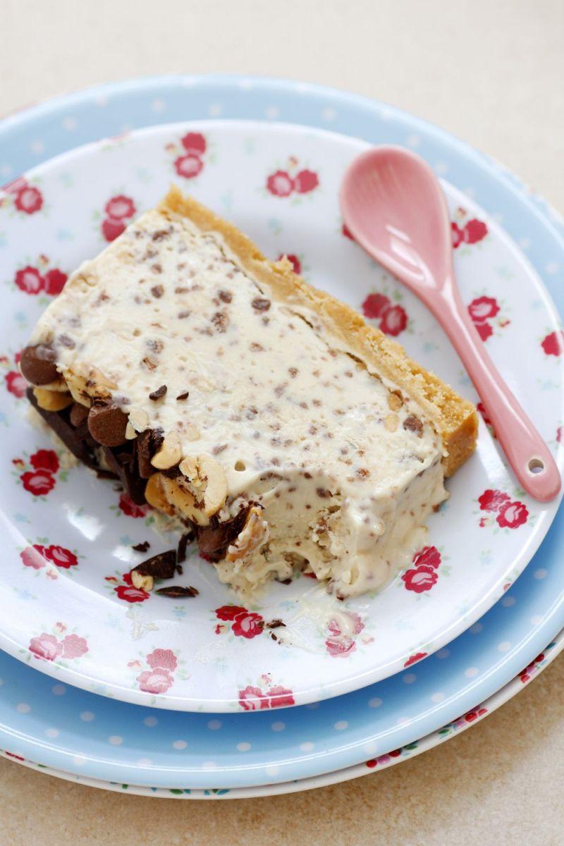 Chocolate and Peanut Butter Ice Cream Cake